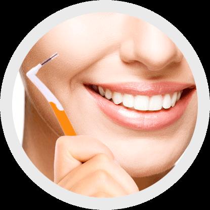 La importancia de elegir y usar correctamente un cepillo interproximal
